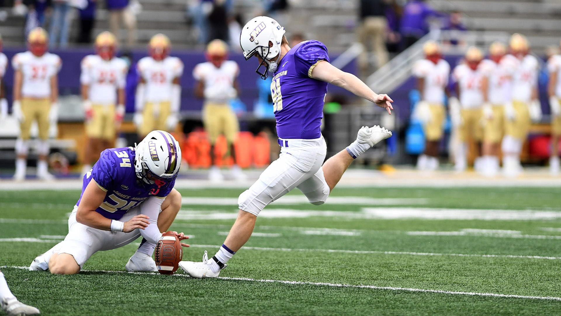 Record-Setting Ratke Among FCS Players of the Week; Duquesne Named Team of the Week